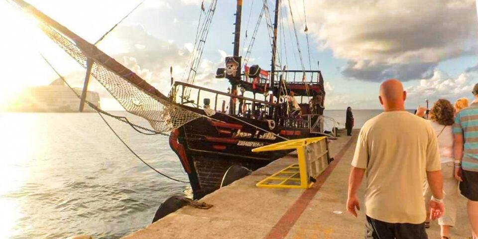El Olonés, barco pirata Cozumel