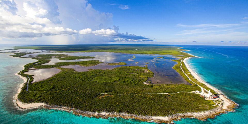Imagen reserva Punta Sur, mar caribe, laguna colombia, faro celarain