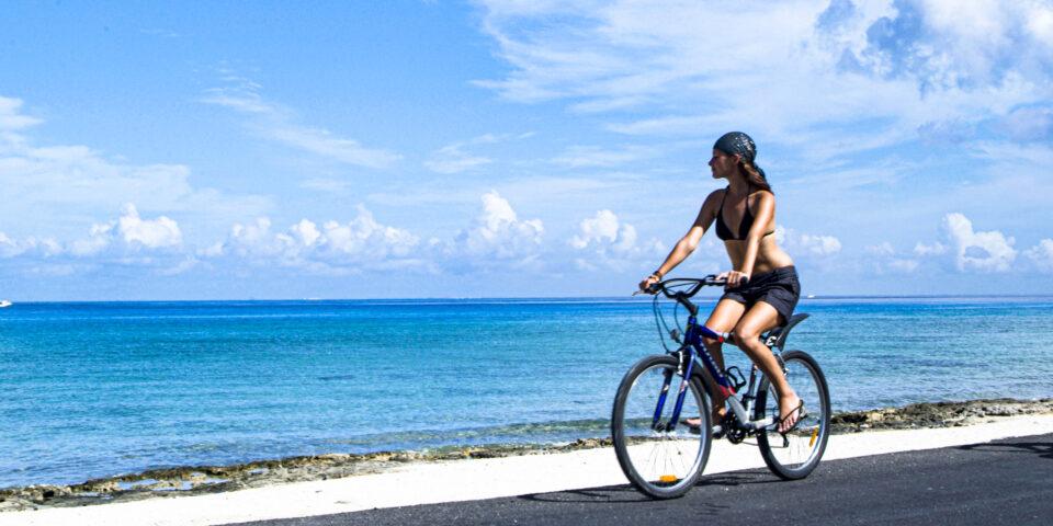 Cozumel en bicicleta, mar caribe mexicano