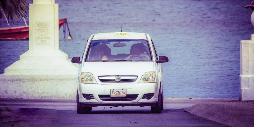 Información de contacto  para tomar un taxi en cozumel